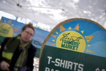 Savannah Forsyth Farmers' Market Project-3